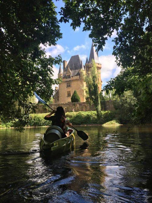 Chateau de Clerans, en kayak sur la Vezere